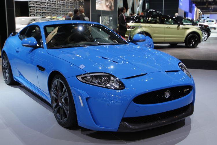 <b>Jaguar XKR-S2</b>