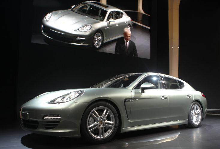 <b>Porsche Panamera S Hybrid</b>
