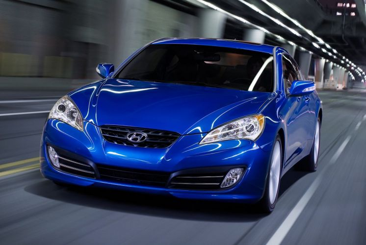 O Hyundai Genesis Coupé No Modelo 2010 Acaba De Ser Anunciado Pela  Fabricante Sul Coreana Divulgação Mais