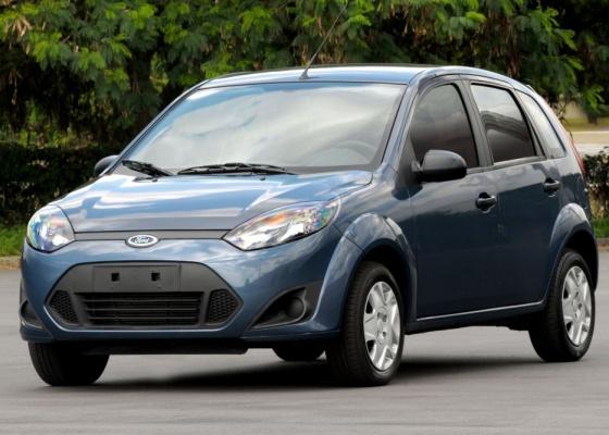 Ford Fiesta 2011 hatch, ou Novo Fiesta: visual dianteiro mudou, mas estrutura é a mesma