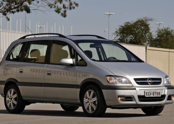 Chevrolet Zafira Elite Aposta Em Conforto E Espa U00e7o Para