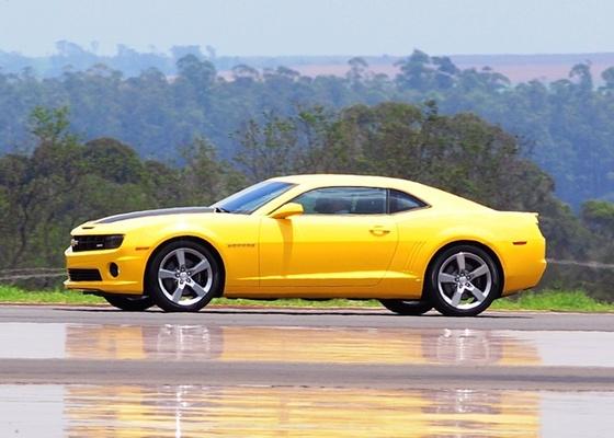 <b>Chevrolet Camaro SS: cupê quer oferecer melhor relação custo/diversão do mercado</b>