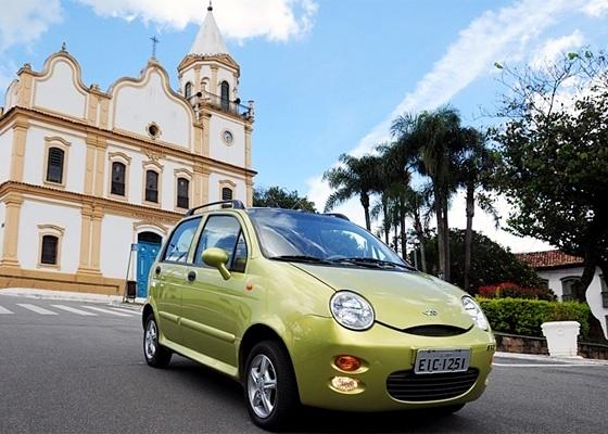 Chery QQ chega em março mais barato que Fiat Mille (R$ 24 mil) e Effa M100 (R$ 26 mil)
