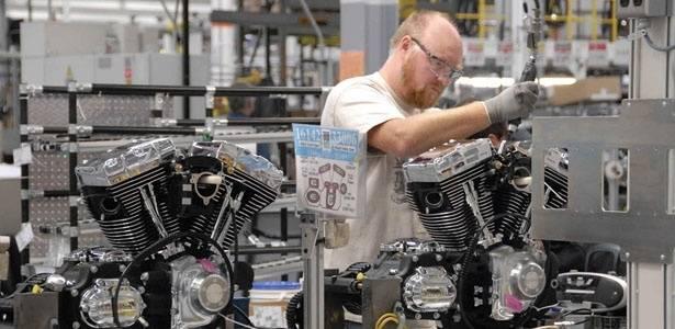 Visitamos a fábrica de motores de Menomonee Falls, próxima a Milwaukee (EUA). Lá são montados os propulsores refrigerados a ar das famílias Sportster, Dyna, Touring e CVO