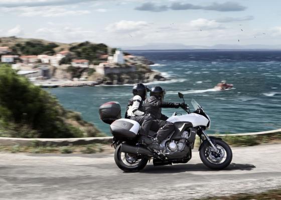 Moto ganhou potência e tem qualidades para encarar terrenos ruins e concorrentes famosas