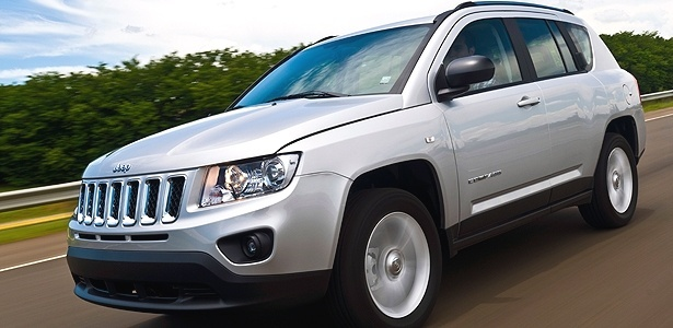 Compass: carro lembra Grand Cherokee encolhido e &#233; aposta da Jeep por <b>R$ 99.900</b>