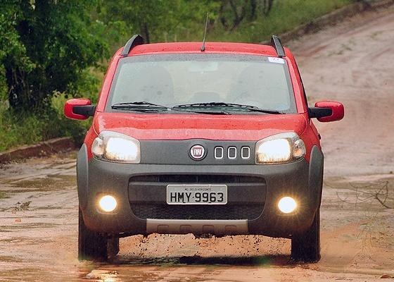 <b><i>Novo Uno Way 1.4 tem cara de aventureiro, charme e raça, mas motor pareceu manso</i></b> - Murilo Góes/UOL