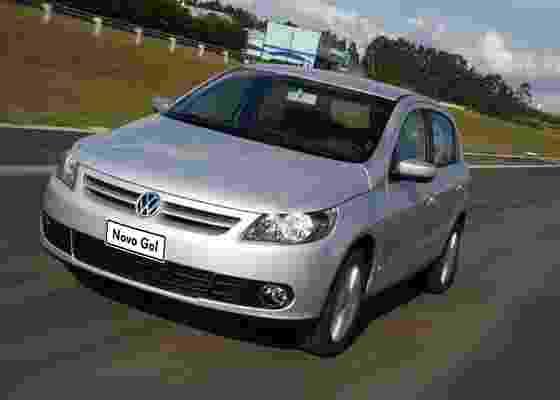 Compacto da Volkswagen foi seguido de perto pelo Fiat Uno, mas manteve a ponta nas vendas - Divulgação