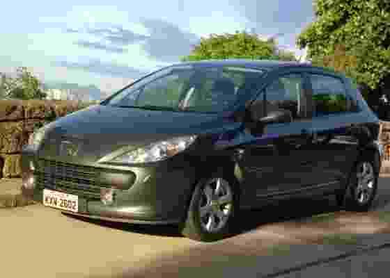 No fim da linha, Peugeot 307 na versão Presence Pack com motor 1.6 é proposta atraente - Carta Z Notícias