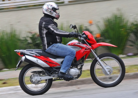 NXR 150 Bros Mix, movida a gasolina e/ou etanol: piloto pode medir custo/benefício - Infomoto