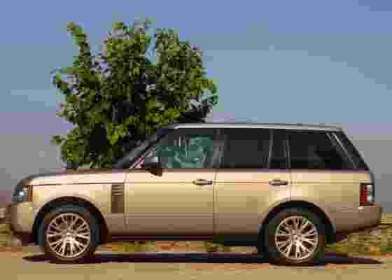 Luxo e alto desempenho são as principais características do Land Rover Range Rover 4.4 TDV8 Vogue SE - Luiz Humberto Monteiro Pereira/Carta Z Notícias