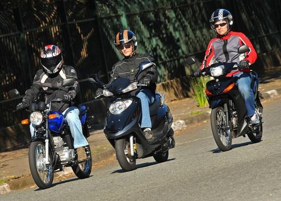 <b>Moto 125, scooter e CUB: veículos de duas rodas são cada vez mais procurados<br>para evitar o transporte público, o congestionamento, ou a conta de combustível</b> - Gustavo Epifanio/Infomoto