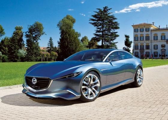 Cupê de quatro portas inaugura o Kodo, nova vertente de estilo da Mazda