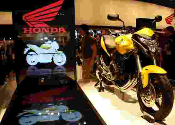 <b>Hornet 600 2011 foi um dos oito lançamentos da Honda no 68º Salão de Milão</b> - Arthur Caldeira/Infomoto