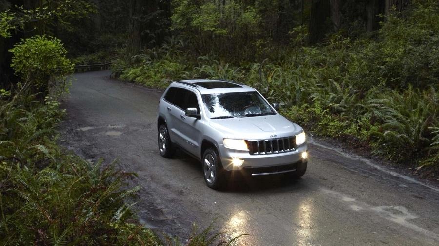 Jeep Grand Cherokee 2012 é um dos envolvidos no recall - Divulgação