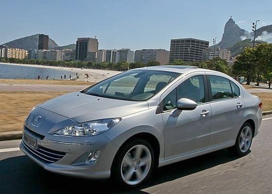 <b>O 408: sóbrio, firme e disposto a reerguer a Peugeot onde hoje reinam os japoneses</b> - Divulgação