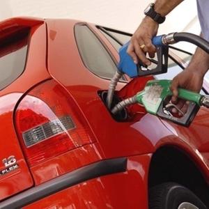 <b>Volkswagen Gol foi 1º a receber gasolina e etanol; depois veio o Chevrolet Corsa</b> - Divulgação
