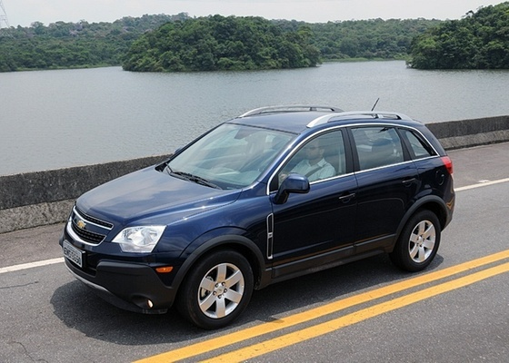 Bom conteúdo e menor consumo: eis as armas do Chevrolet Captiva para 2011 - Murilo Góes/UOL