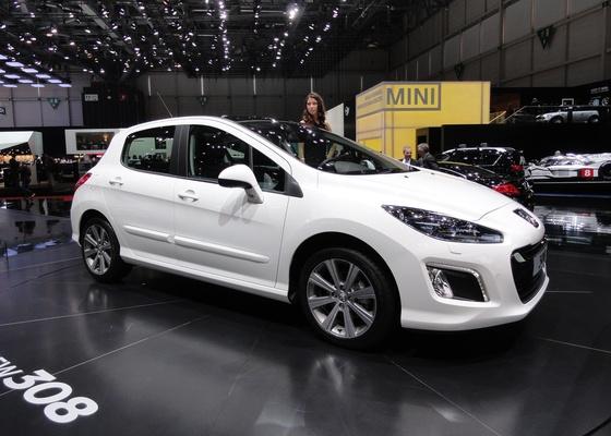 <b>Peugeot 308 muda na Europa após pouco mais de três anos no mercado</b> - Claudio de Souza/UOL