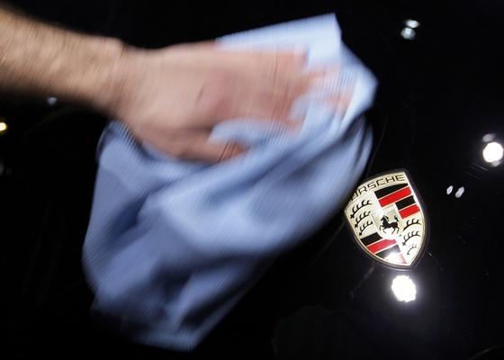 Valentin Flauraud/Reuters