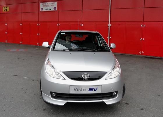 Além do popular Nano, indiana Tata Motors fabrica modelos como o elétrico Indica Vista EV - Especial para o UOL