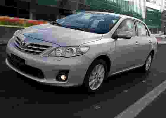 Corolla 2012 chega com alterações no visual com o intuito de ter ar mais jovem - Divulgação