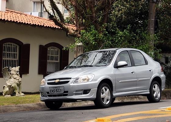 Modelo ganhou novos detalhes e acabamento melhorou; motor 1.4 é o ponto alto do carro - Murilo Góes/UOL