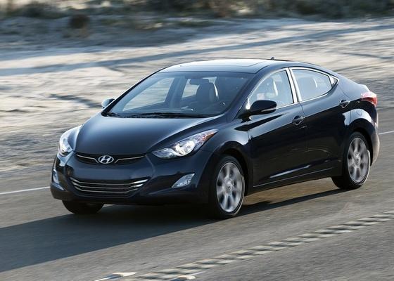 Acima, a quinta geração do sedã Hyundai Elantra, vencedor da enquete - Divulgação