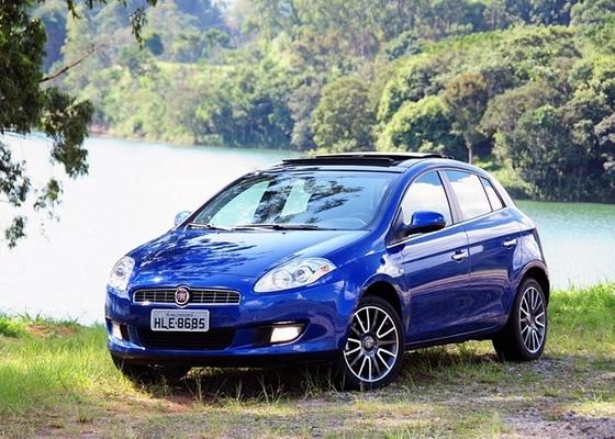 <b>Visual alinhado, conforto interno e desempenho regular definem o Fiat Bravo</b> - Murilo Góes/UOL