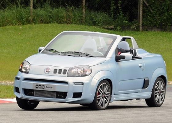 """<b>Fiat Uno Cabrio na pista: conceito que anda de verdade é divertido e """"na mão""""</b> - Murilo Góes/UOL"""