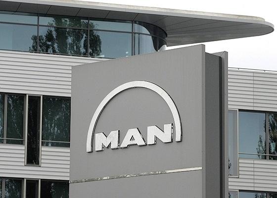 <b>Fachada da sede da MAN, em Munique, na Alemanha: Volks mira conterrânea Daimler</b> - Reuters