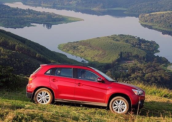 <b>ASX: com tração integral e a menos de R$ 100 mil, marca pontos para a Mitsubishi</b>  - Murilo Góes/UOL