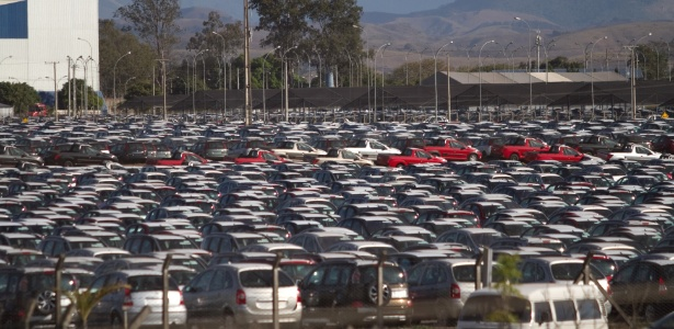 Pátio da PSA Peugeot-Citroën em Porto Real: sul fluminense pode receber nova fábrica - Paula Giolito/Folhapress