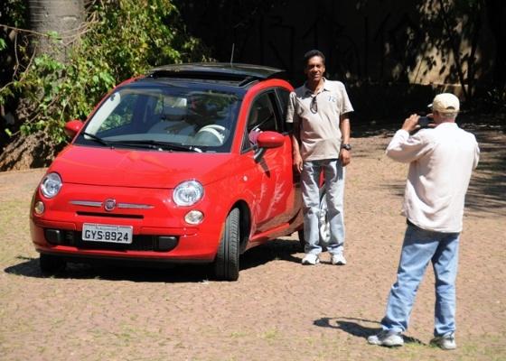 Ruim para os EUA, bom para o Brasil: por aqui, Fiat 500 vende bem e chama atenção - Murilo Góes/UOL