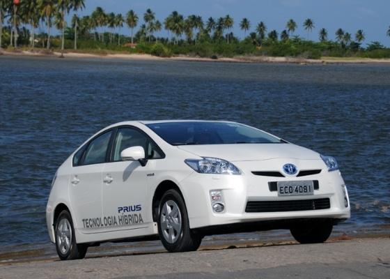 Híbrido Toyota Prius é um dos poucos modelos a se salvaram da maré ruim japonesa - Murilo Góes/UOL