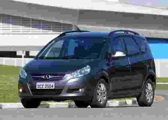 <b>Minivan é a aposta da chinesa JAC para conquistar clientes que pagam (e exigem) mais</b> - Murilo Góes/UOL