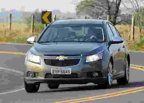 <b>Chevrolet Cruze LTZ tem visual arrogante, bom conteúdo e preço nas alturas</b> - Murilo Góes/UOL