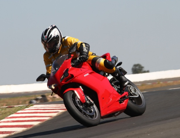 Ducati 1198: motos esportivas da fabricante italiana jamais ganharão emblema da Audi - Mário Villaescusa/Infomoto