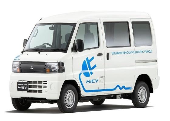 Van compacta bastante popular no Japão utiliza motorização elétrica - Divulgação