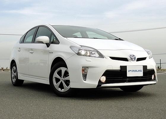 Prius 2012, com visual invocado, será vendido no Brasil em versão híbrida e no Japão, na plug-in  - Claudio de Souza/UOL