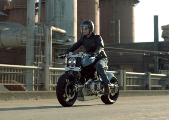 Visual radical e potência têm seu preço: moto custa US$ 49 mil nos Estados Unidos - Divulgação