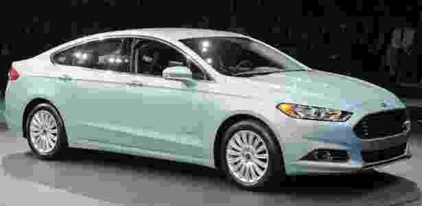 O novo Ford Fusion Hybrid nem chegou às lojas, mas é o carro que menos consome no Brasil - AFP Photo