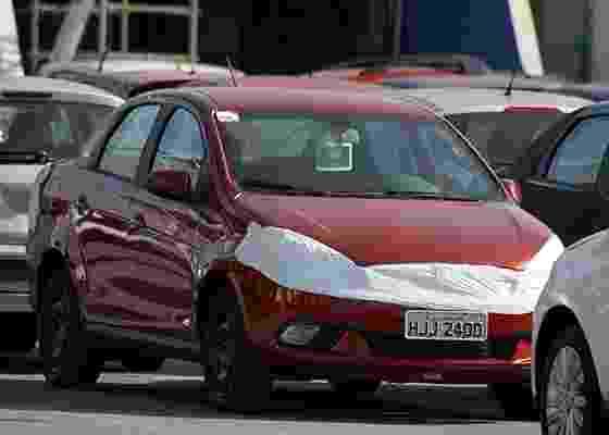 Fiat Siena 2012 é fotografado quase sem disfarces; carro ficou mais encorpado - Marlos Ney Vidal/Autos Segredos -- UOL