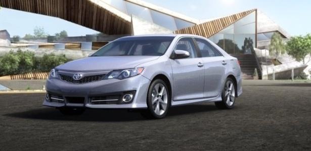 Toyota Camry, carro de passeio mais vendido nos EUA em janeiro: começa em US$ 22 mil - Divulgação