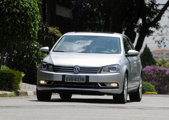 """Visual pasteurizado não ajuda na hora do sedã convencer comprador de que é carro """"premium"""" - Murilo Góes/UOL"""